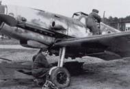 Asisbiz Messerschmitt Bf 109G1R1 5.JG11 Red 1 Heinz Knoke Jever Germany May 1943 02