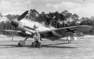 Asisbiz Messerschmitt Bf 109G6R6 5.JG11 Black 1 Heinz Knoke Jever Germany May 1943 01