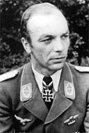 Asisbiz Aircrew Luftwaffe JG3 ace Karl Heinz Langer 01