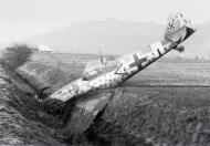 Asisbiz Bf 109G14 Erla Stab III.JG3 Siegfried Henning WNr 462818 Affeltrangen 17th Dec 1944 Hoch 1999 P156