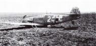 Asisbiz Messerschmitt Bf 109G2 4.JG3 White 2 emergency landing Russia Feb 1943 01