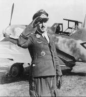 Asisbiz Messerschmitt Bf 109G6R3R6 Stab III.JG3 Gruppenkommandeur Walther Dahl Bad Worishofen 14th Oct 1943 01