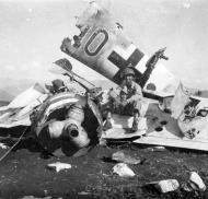 Asisbiz Messerschmitt Bf 109G6R6 11.JG3 Black 10 Hans Joachim Schrott WNr 18733 Pietravaraino Caserta 6th Sep 1943 01