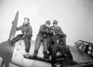 Asisbiz Aircrew Luftwaffe JG300 pilots 01
