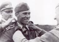 Asisbiz Aircrew Luftwaffe JG52 pilot and ace Alfred Grislawski Crimea Russia July 1942 01