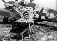 Asisbiz Messerschmitt Bf 109G6R3 Stab I.JG50 Green 3 Gottfried Weiroster WNr 15912 Holland 1943 01