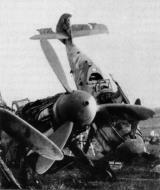 Asisbiz Messerschmitt Bf 109G14U4 Erla 3.JG52 Yellow 11 Deutsch Brod 1945 03
