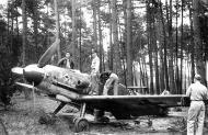 Asisbiz Messerschmitt Bf 109G6 JG53 White I WNr 160087 Braunschardt 1945 01