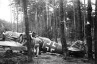 Asisbiz Messerschmitt Bf 109G6 JG53 White I WNr 160087 Braunschardt 1945 02