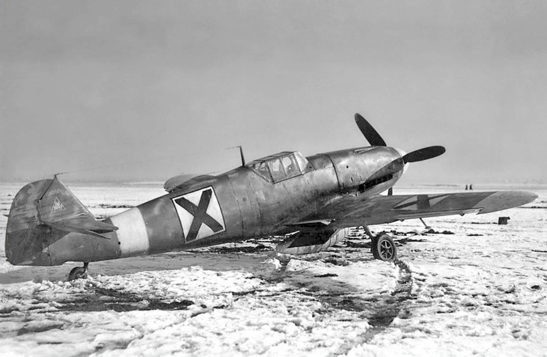 Messerschmitt Bf 109G2R3 RBuAF unknown unit Bulgaria 1943 01