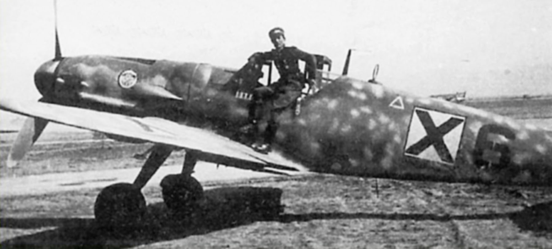 Messerschmitt Bf 109G6 RBuAF 3.6 Orljak Red 6 Stefan Marinopolski Bulgaria 1944 01