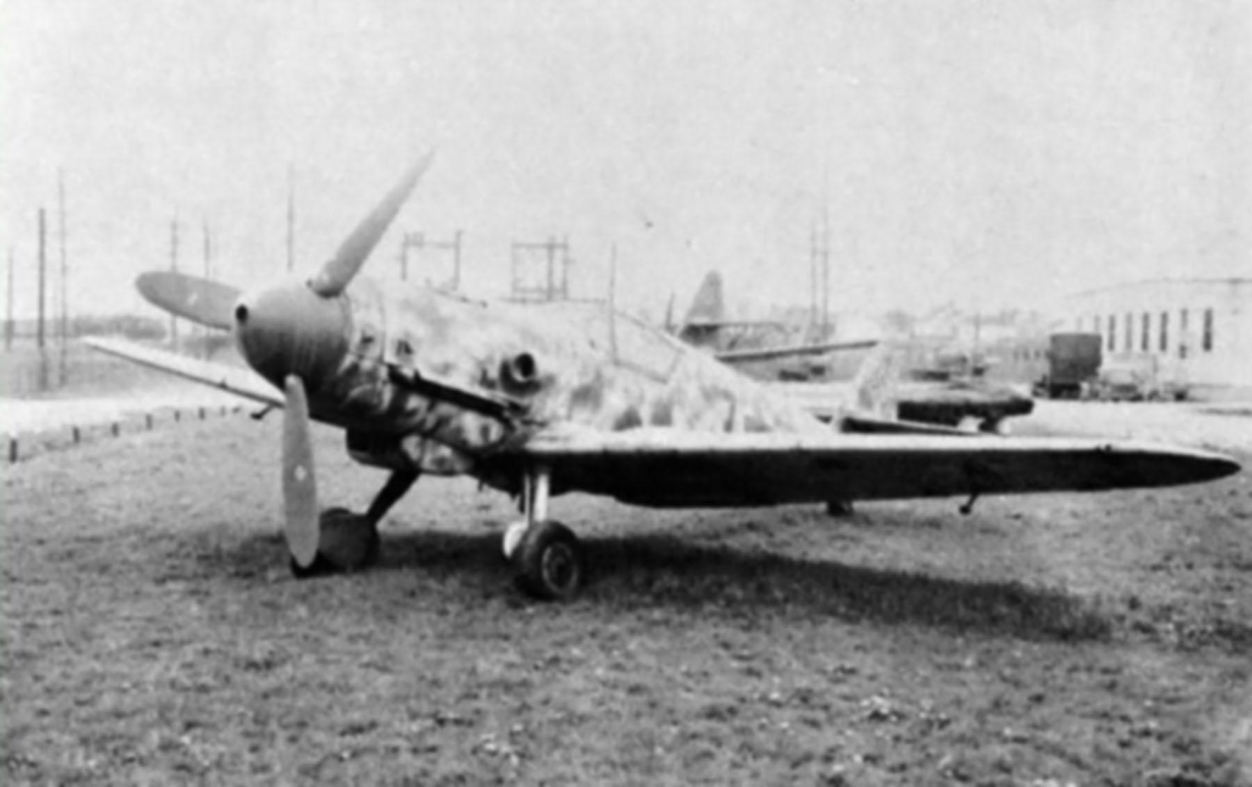 Messerschmitt Bf 109G10 Erla Reichsverteidigung unknown unit and pilot 01