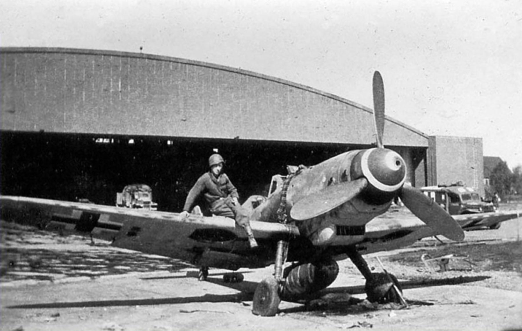 Messerschmitt Bf 109G10R3 Erla Reichsverteidigung White 66 WNr 770157 unknown unit and pilot 1945 01