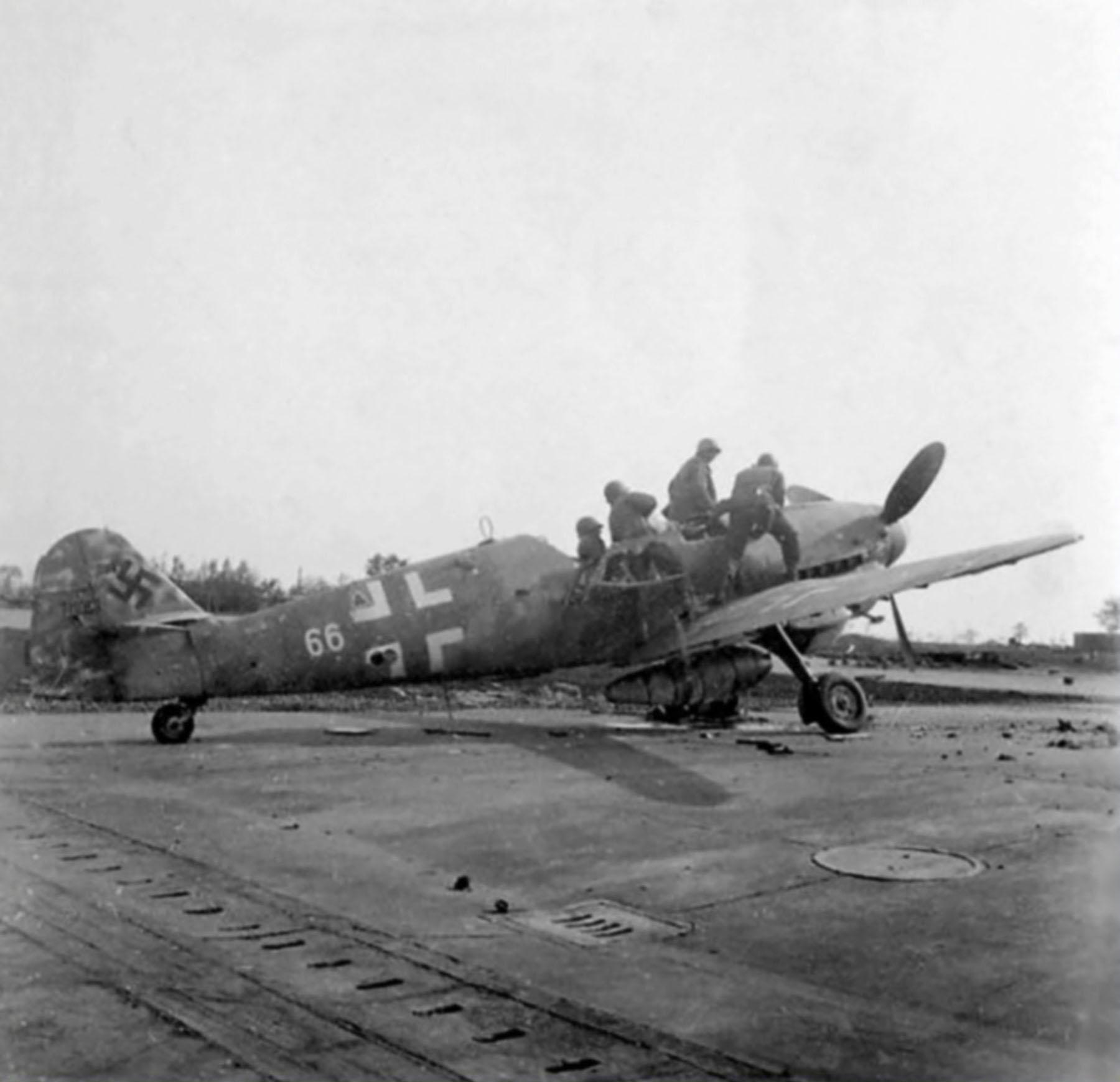 Messerschmitt Bf 109G10R3 Erla Reichsverteidigung White 66 WNr 770157 unknown unit and pilot 1945 02