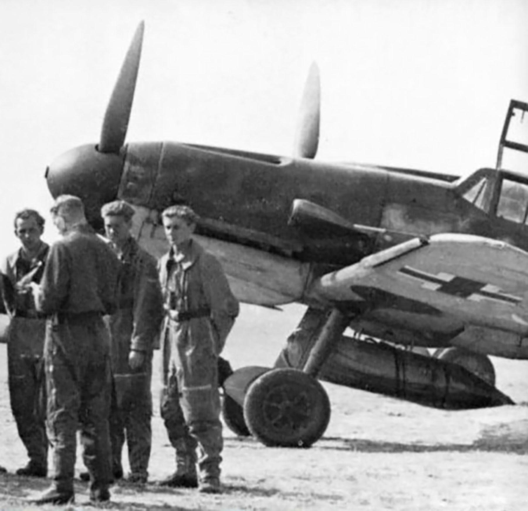 Messerschmitt Bf 109G12R3 Reichsverteidigung unknown unit and pilot 01