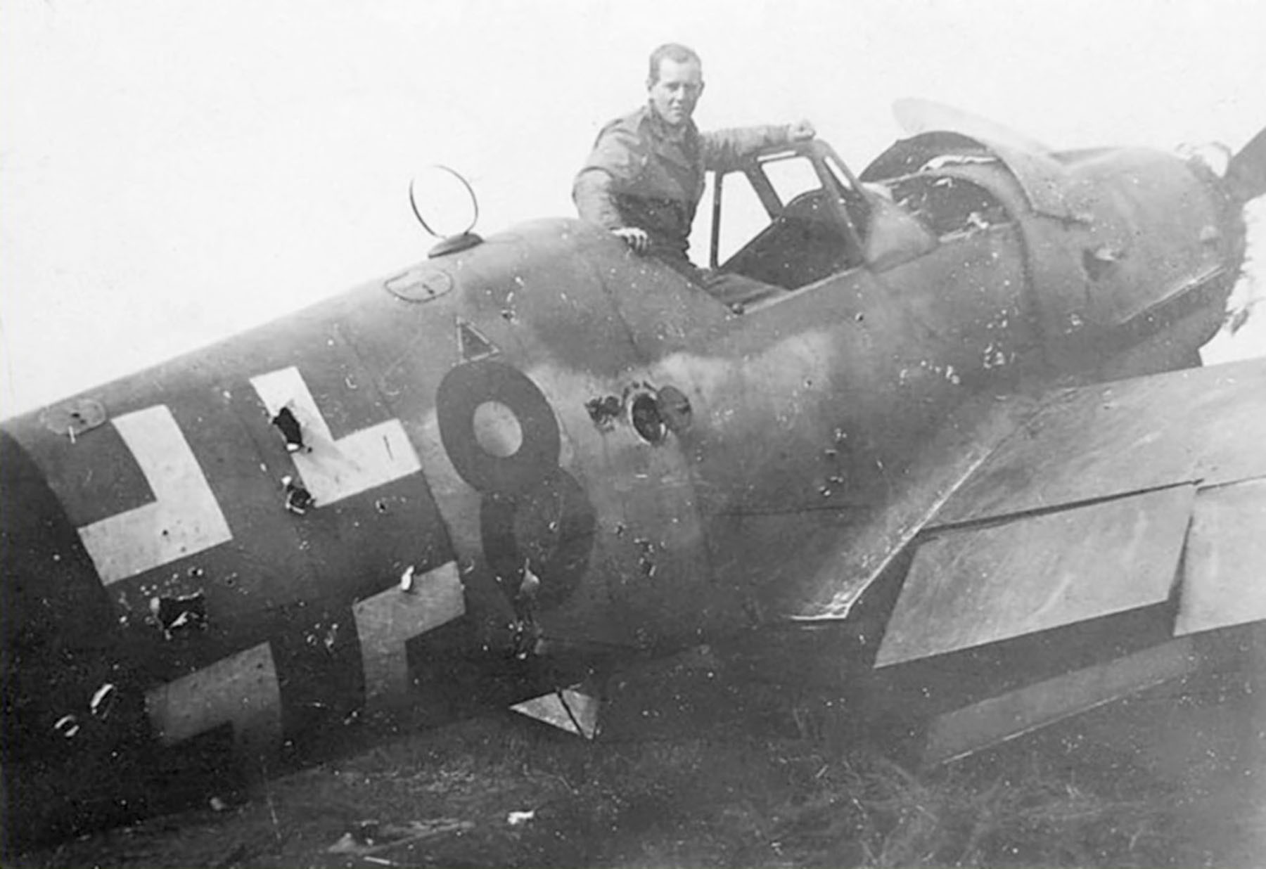 Messerschmitt Bf 109G14AS Erla RVT Yellow 8 WNr 783906 unknown unit lies abandoned Ensfeld Austria April 1945 02