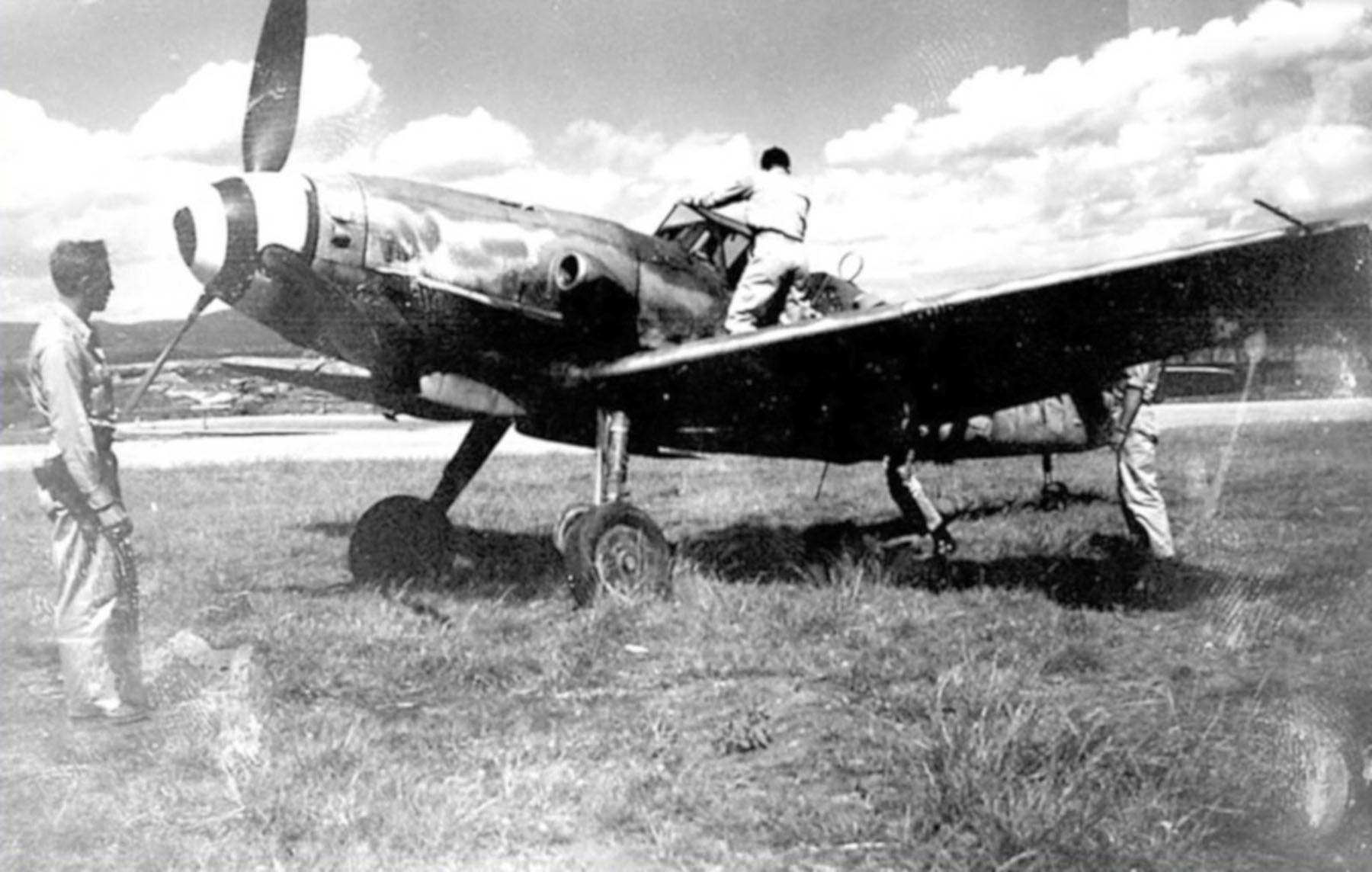 Messerschmitt Bf 109G14AS Erla Reichsverteidigung White 4 WNr 786316 unknown unit and pilot Feb 1945 05