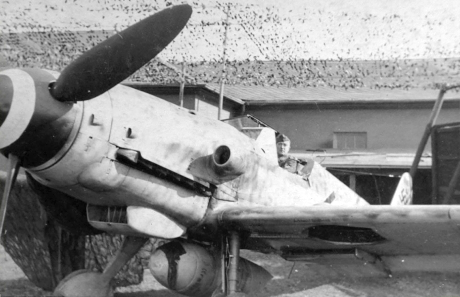 Messerschmitt Bf 109G14ASR3 Erla RVT chevron stands abandoned unknown unit 01