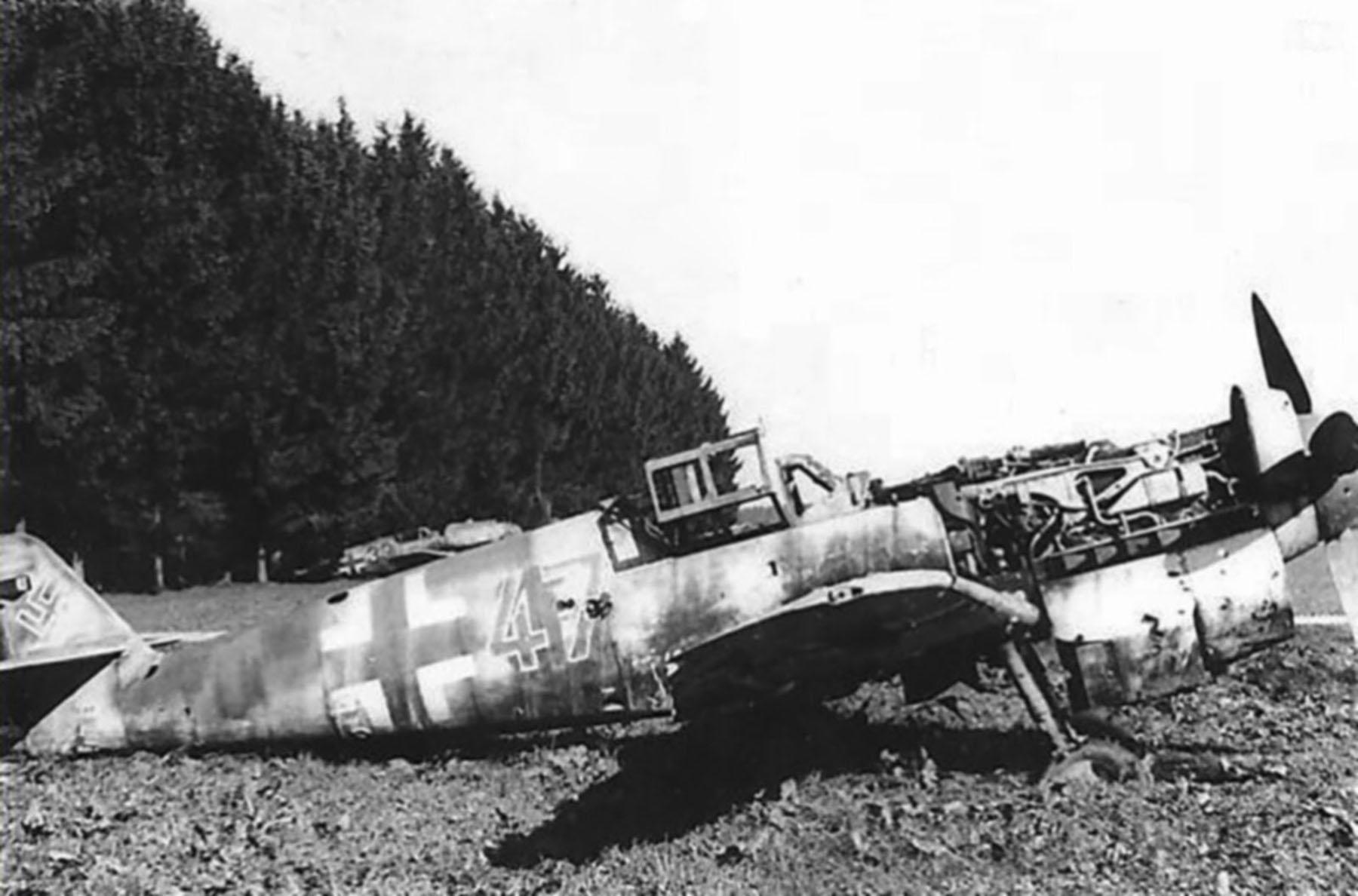 Messerschmitt Bf 109G6 Reichsverteidigung Red 47 unknown unit 1945 01