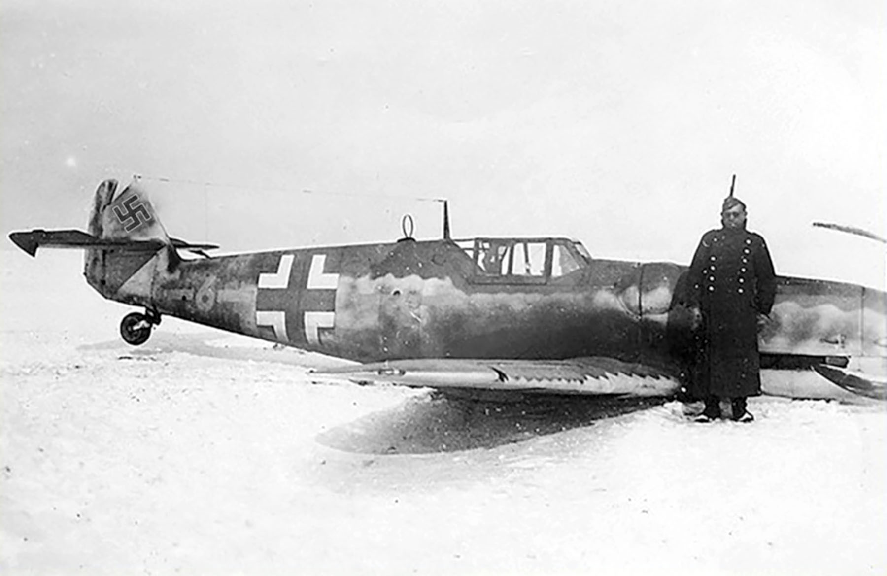 Messerschmitt Bf 109G6 Reichsverteidigung Yellow 6 force landed unknown unit and pilot 1944 01
