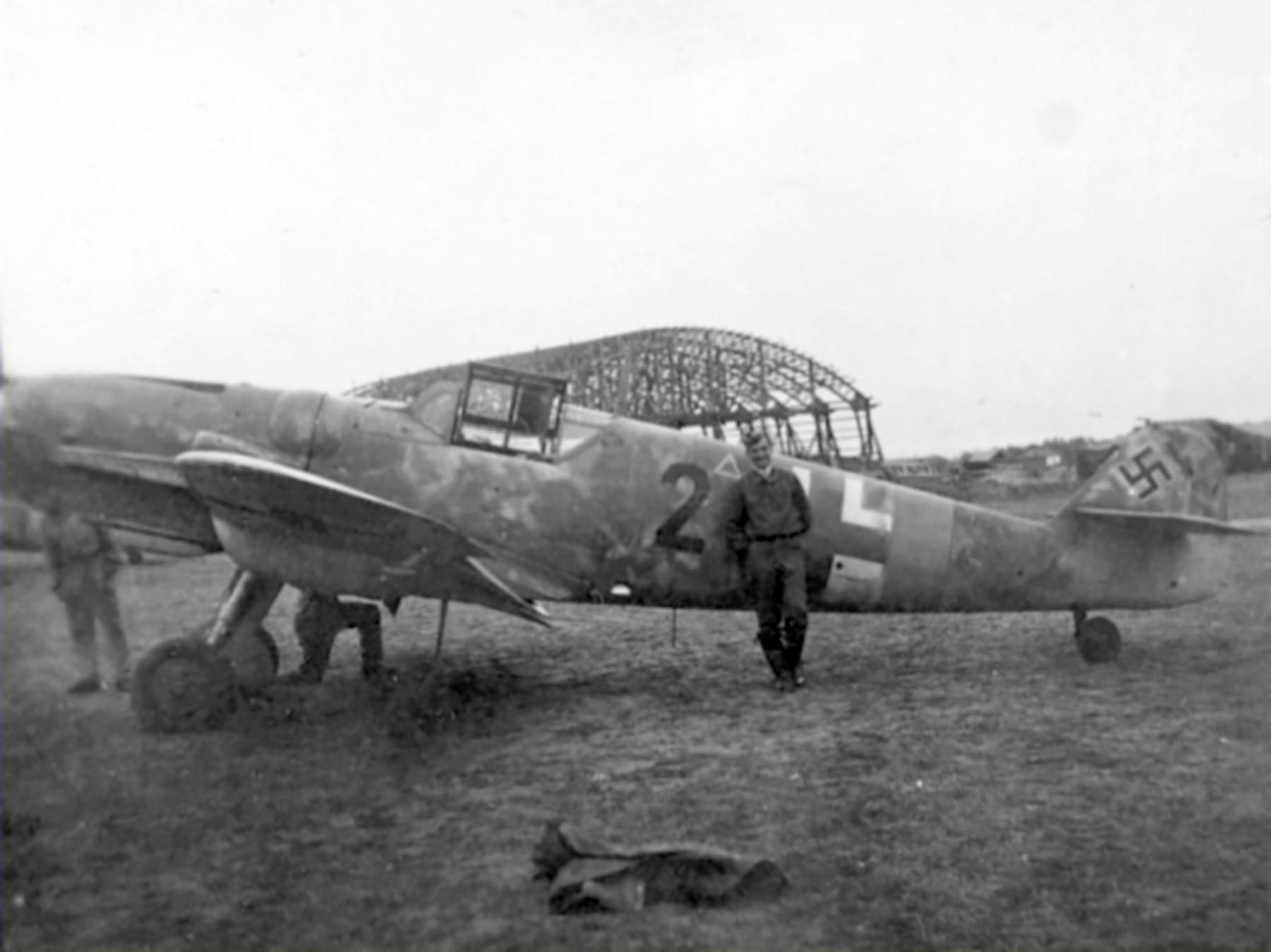 Messerschmitt Bf 109G6R6 Reichsverteidigung Black 2 unknown unit and pilot 03