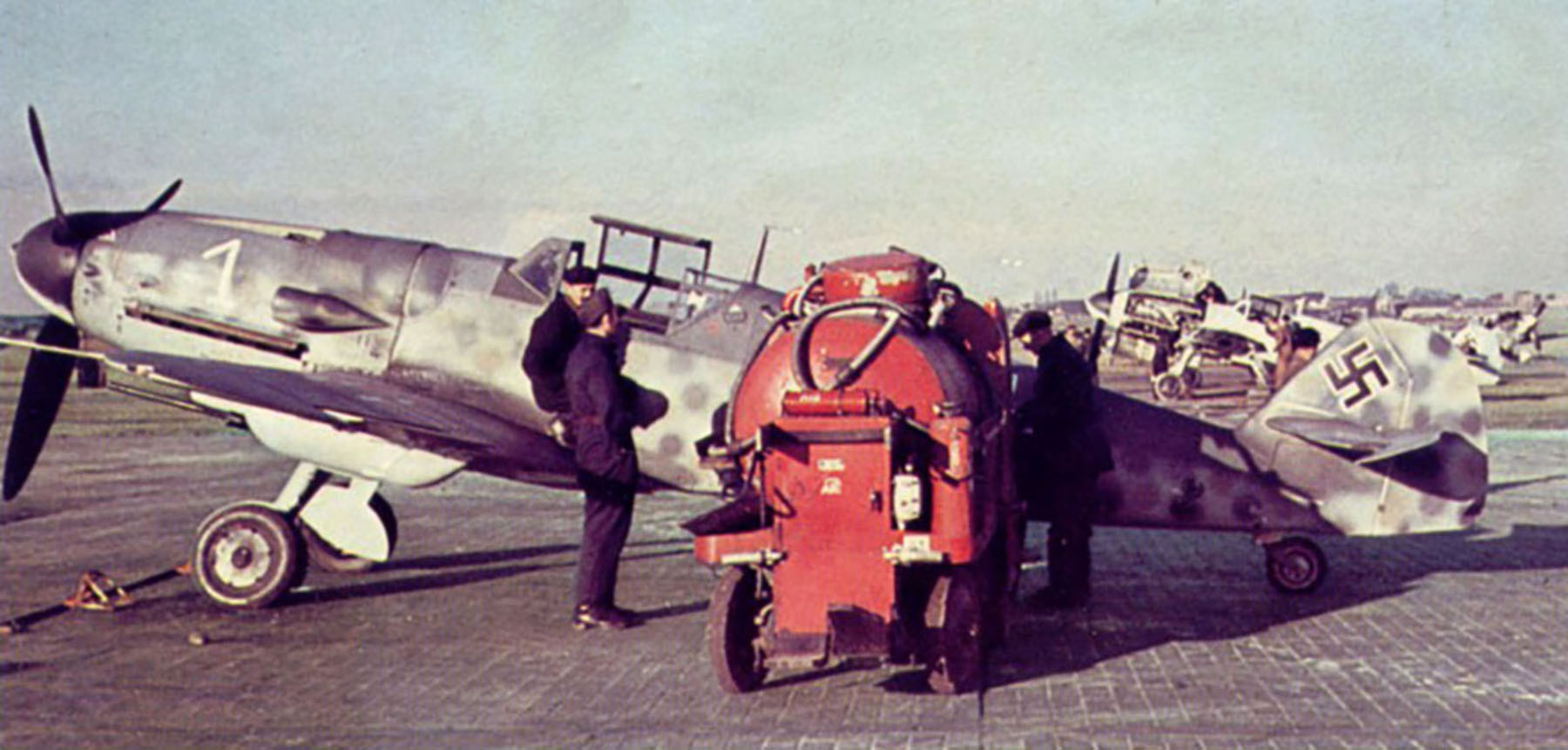 Messerschmitt Bf 109G6R6 Reichsverteidigung White 1 unknown unit and pilot 01