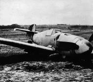 Asisbiz Messerschmitt Bf 109G6 Erla Reichsverteidigung Yellow 3 after a landing mishap unknown unit 01