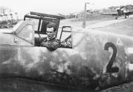 Asisbiz Messerschmitt Bf 109G6R6 Reichsverteidigung Black 2 unknown unit and pilot 01