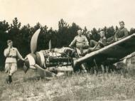 Asisbiz Messerschmitt Bf 109G10 Erla RHAF abandoned airframes with Russian troops 1945 02