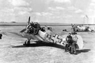 Asisbiz Messerschmitt Bf 109G6 RHAF V3+72 unknown unit and pilot Hungary Apr 1944 01