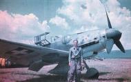Asisbiz Messerschmitt Bf 109G6R3 RHAF Szazadparancsnok 5.2 unknown pilot Hungary 1944 07
