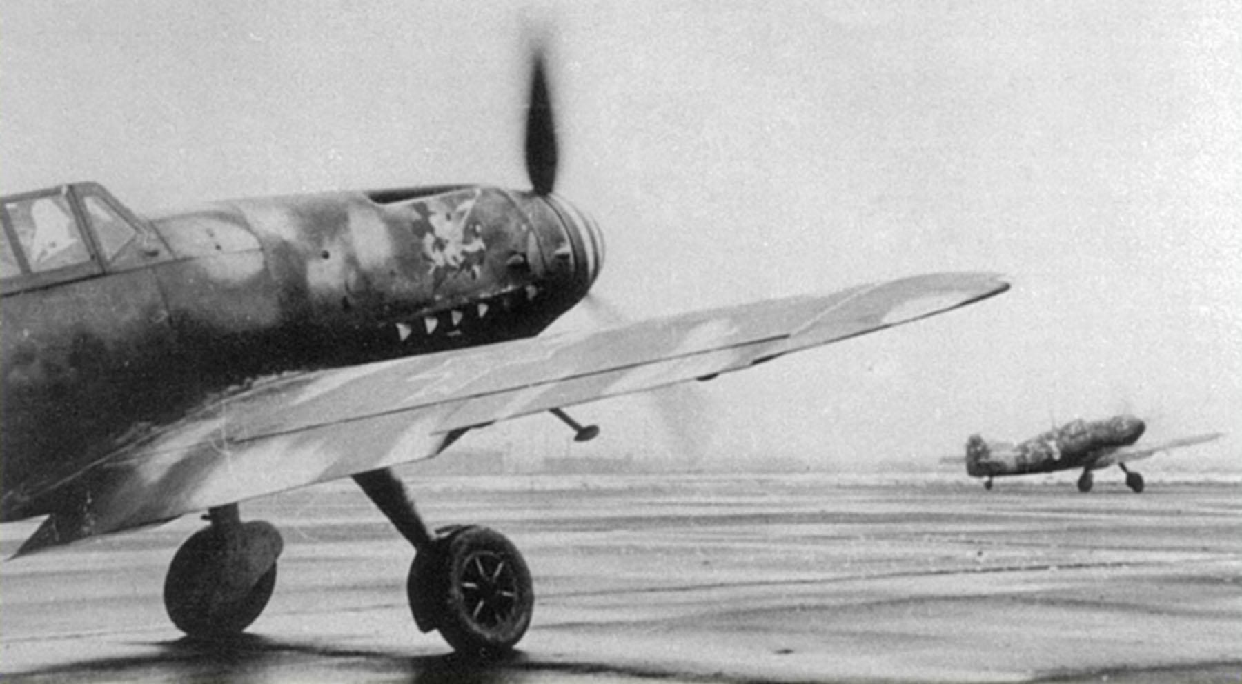 Messerschmitt Bf 109G2 RRAF 7FG White 7 Rumanian AF Dnepropetrovsk Southern Russia April 1943 06