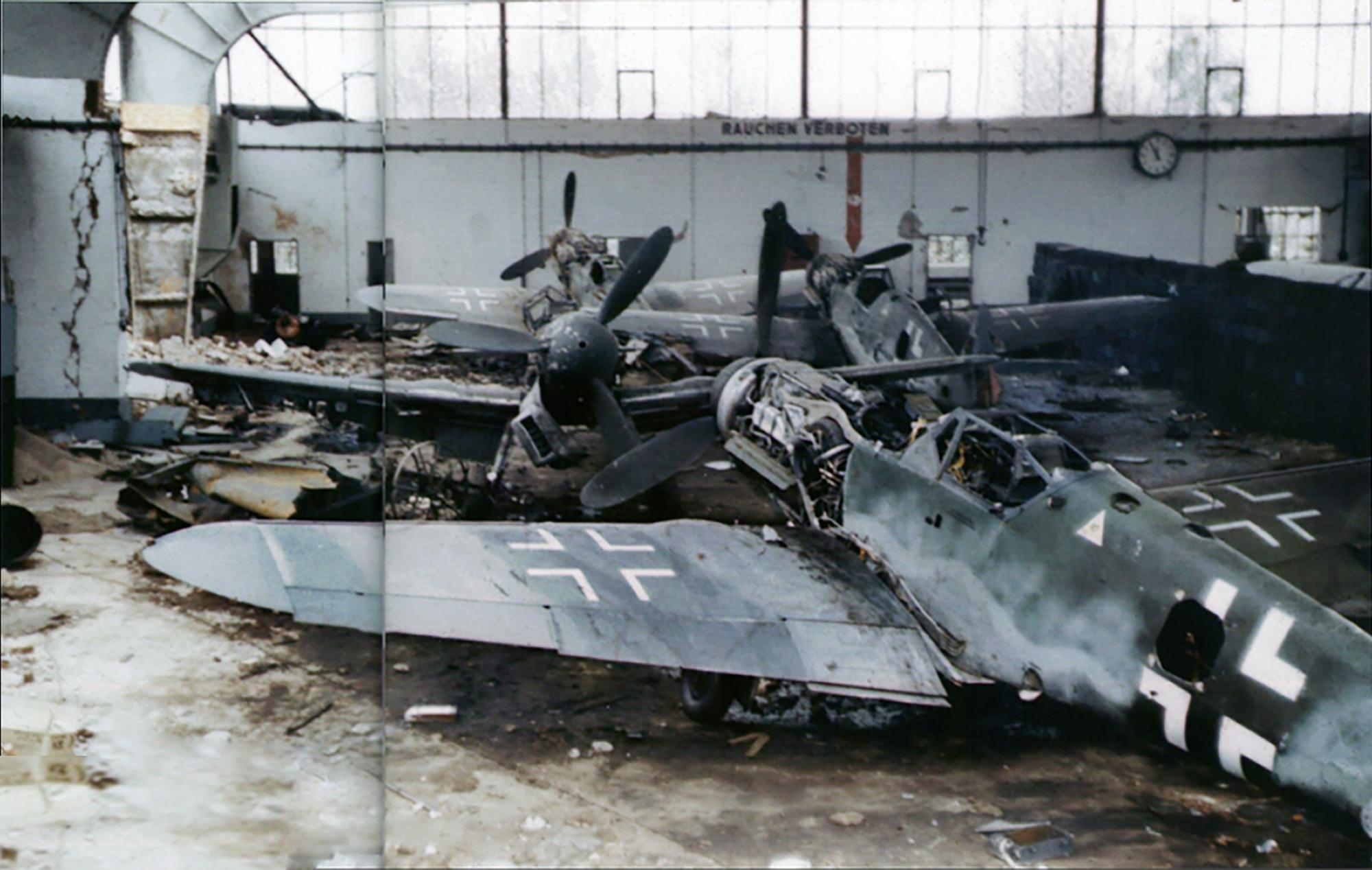 Asisbiz Messerschmitt Bf 109k 4 Kurfurst