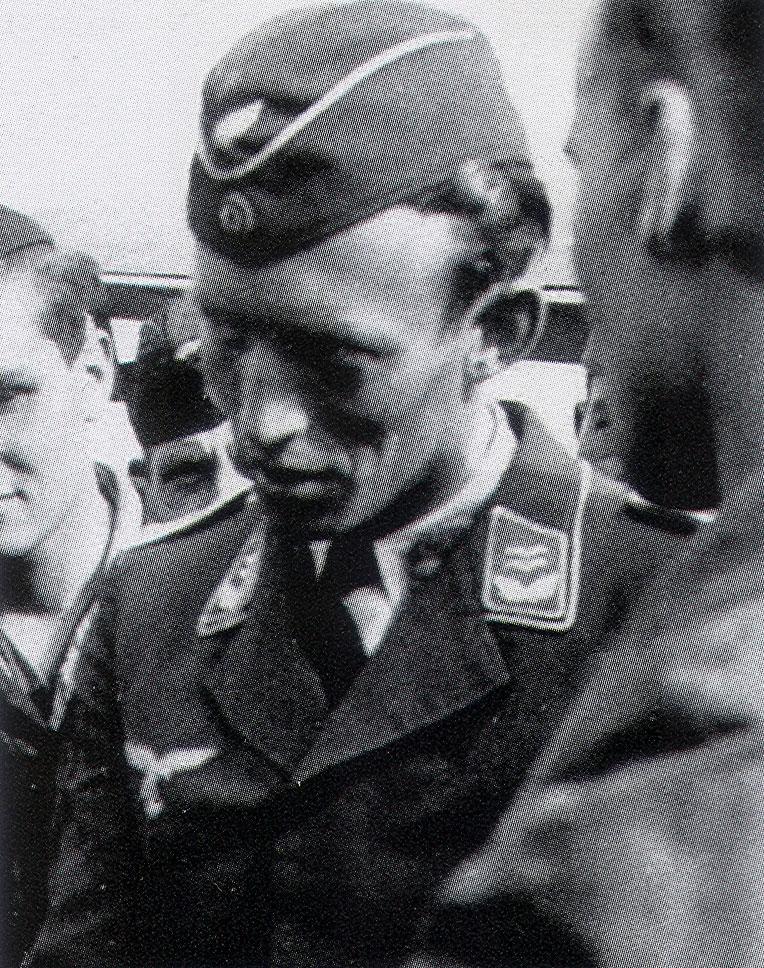 Martin Lutz asisbiz aircrew luftwaffe pilots 1 erprgr210 martin lutz 01