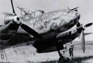 Asisbiz Messerschmitt Bf 110E3 Zerstorer 7.(F)LG2 Teufelskopf devils head emblem 02