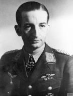 Asisbiz Aircrew Luftwaffe pilot NJG1 Wolfgang Falck Major IWM HU108206