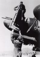 Asisbiz Messerschmitt Bf 110F Zerstorer NJG G9+Fx armourers 01