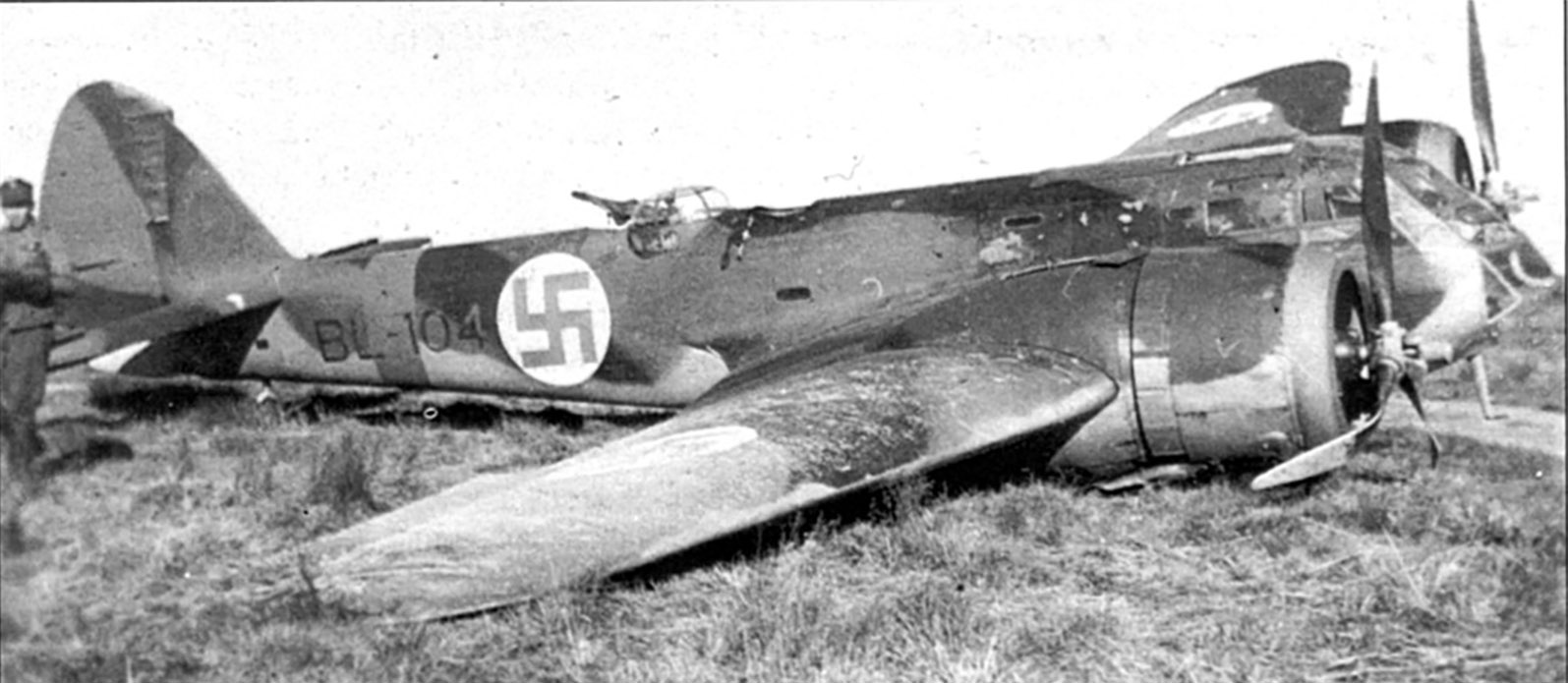 FAF 2.LeLv44 BL104 force landed 8th July 1941 01