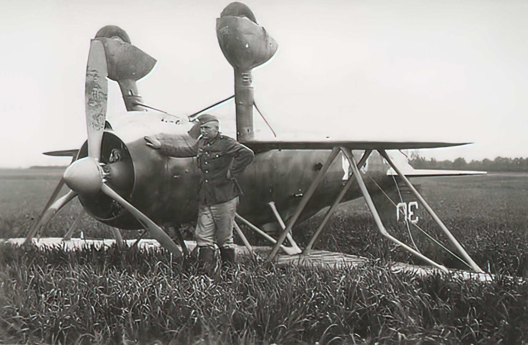 Fiat CR 42 Falco BAF IIFG3FS White 30 Luftwaffe captured Belgium 1940 01