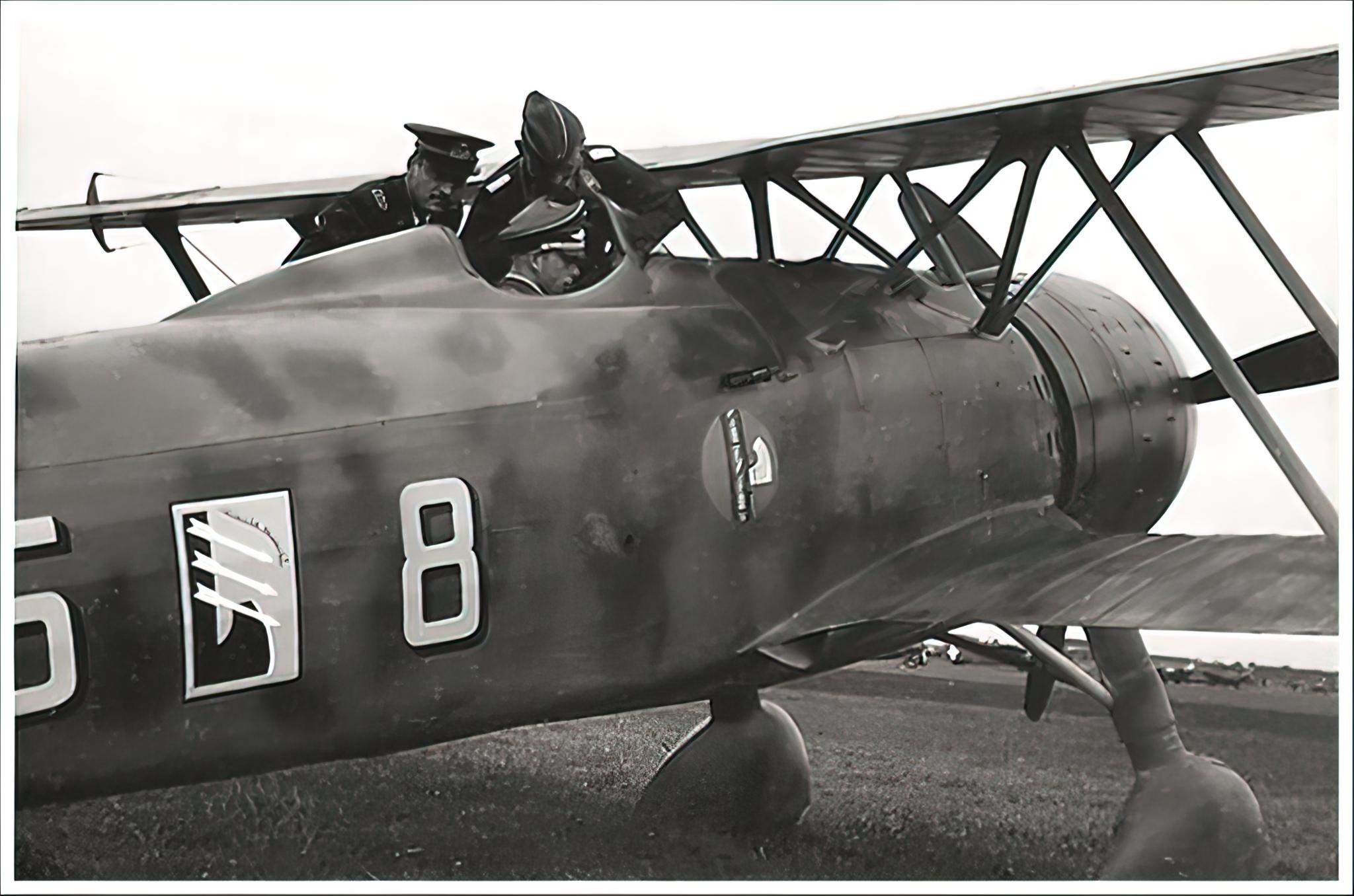 Fiat CR 42 Falco 56S18G85aSA 85 8 Belgium Nov 11 1940 01