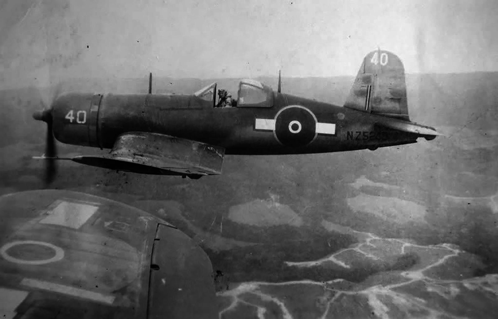 Vought-F4U-1A-Corsair-RNZAF-as-NZ5240-Bu
