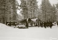 Asisbiz Dornier Do 17Z LeLv46 DN64 pre flight at Tiiksjarven Finland 12th Jan 1942 117980