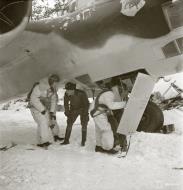 Asisbiz Dornier Do 17Z Lentolaivue 46 DNxx at Mensuvaara Finland 7th Jan 1944 113327
