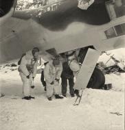 Asisbiz Dornier Do 17Z Lentolaivue 46 DNxx at Mensuvaara Finland 7th Jan 1944 113328