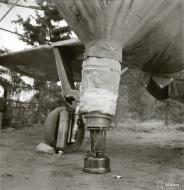 Asisbiz Brewster Buffalo FAF engine heating device used to warm the engine prior to starting Tiiksjarvi 10th Oct 1941 56798