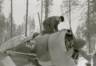 Asisbiz Brewster Buffalo MkI FAF 2.LeLv24 BW352 Tiiks Airbase 14th Feb 1942 11