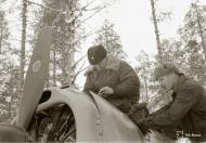 Asisbiz Brewster Buffalo MkI FAF 2.LeLv24 BW352 Tiiks Airbase 14th Feb 1942 13