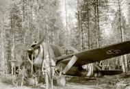 Asisbiz Brewster Buffalo MkI FAF 2.LeLv24 BW352 at Selanpaa Airport Finland 24th Jun 1941 20750