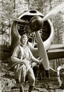 Asisbiz Brewster Buffalo MkI FAF 2.LeLv24 BW352 at Selanpaa Airport Finland 24th Jun 1941 20754