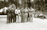 Asisbiz Brewster Buffalo MkI FAF 2.LeLv24 emblem at Rantasalmi 8th Aug 1941 36696